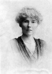 Miss Bell - Keystone View Company - from http://www.nytimes.com/2014/06/27/world/middleeast/gertrude-bell-sought-to-stabilize-iraq-after-world-war-i.html