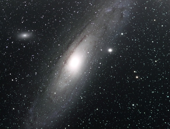 Andromeda Galaxy at Sutton Bank. Copyright Richard Darn.