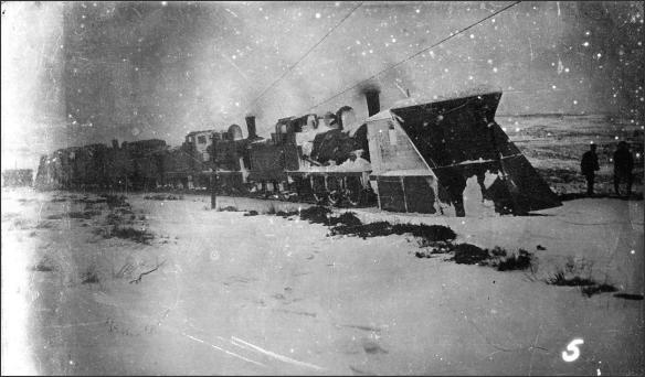 Engines and snow ploughs in Rosedale (courtesy of Rosedale History Society)