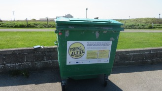 Fishing 4 Litter Bin at Flamborough - copyright Anna Cowie, YWT