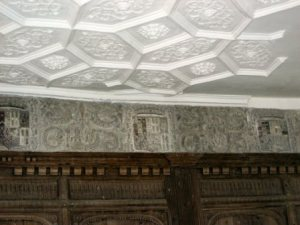 Ceiling and frieze of the first-floor great chamber, Helmsley Castle, Yorks (c.1582). From http://clairegapper.info/