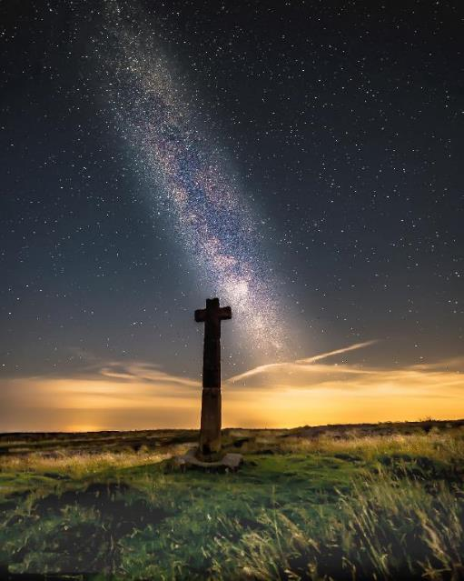 The Milky Way over Young Ralph Cross. Image: Steve Bell